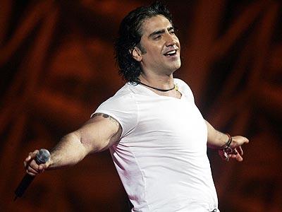 Colecci n karaoke alejandro fernandez en cdg parte v y for Alejandro fernandez en el jardin mp3